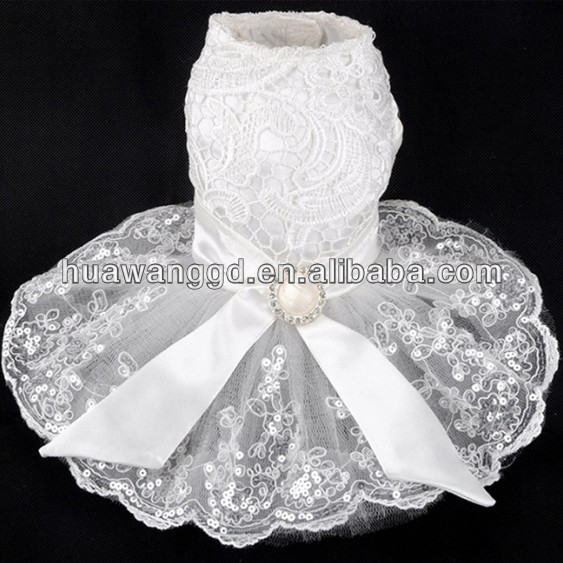 2015 hot-selling pet dressing Elegant lace wedding dress for dog, pet lace wedding dress