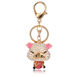 2015 custom metal keychains rhinestone pink pig keychains cartoon characters key chains for promotion