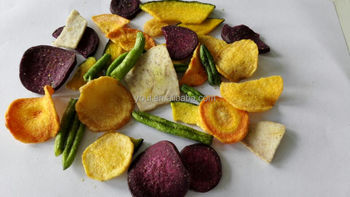 Veggie and fruit chips, vegetable chips