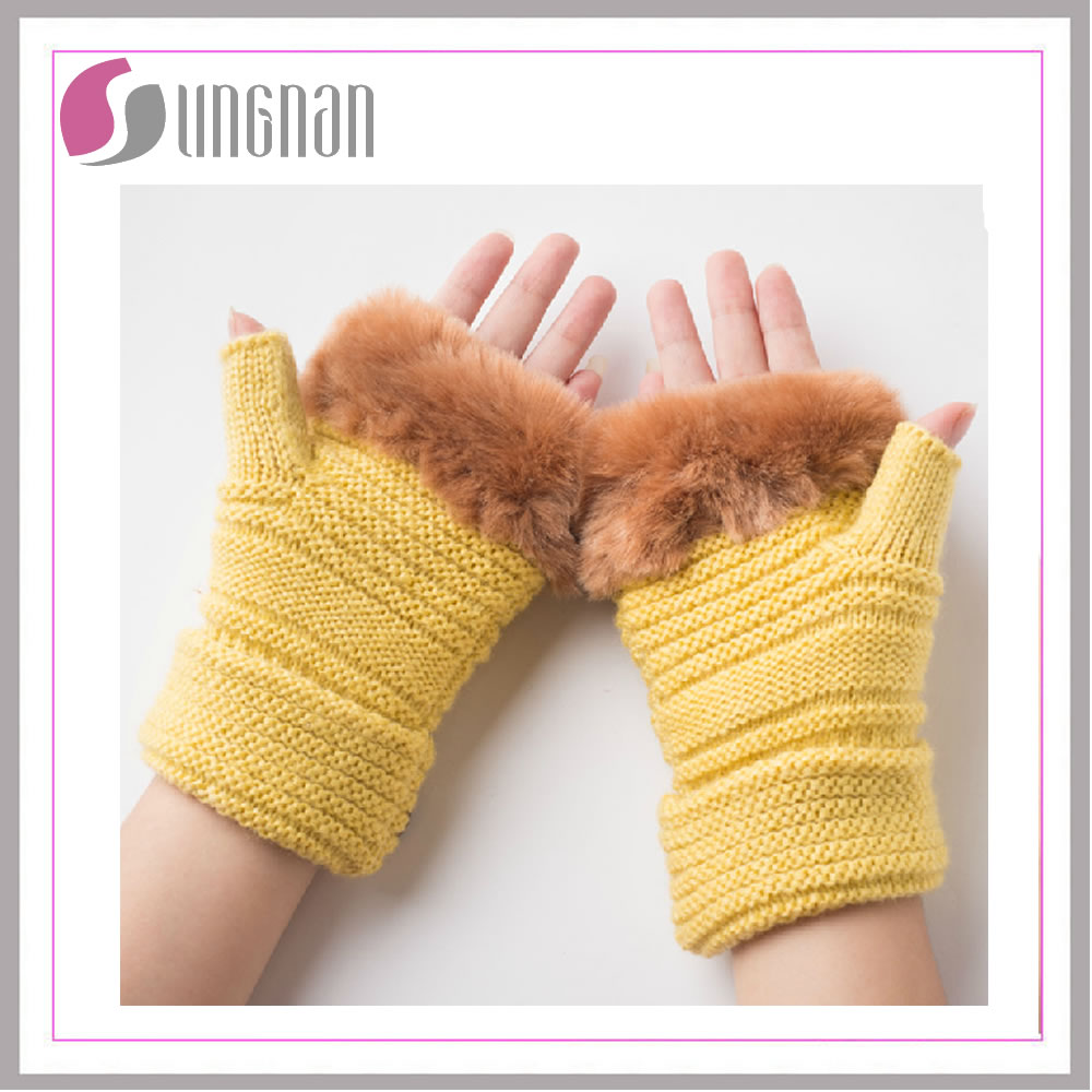70% Lambs wool 20% Angora 10% Nylon No.201222 lady knitted glove