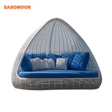 Outdoor Big Sofa Round Lounge Day Bed Woven Rattan Beds With Canopy