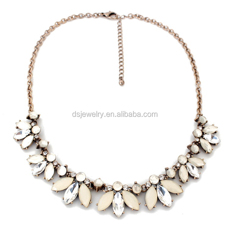 chunky statement necklace , women fashion jewelry accessories