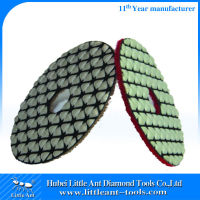 Synthetic Granite Polishing Pads Dry usded on hand grinder