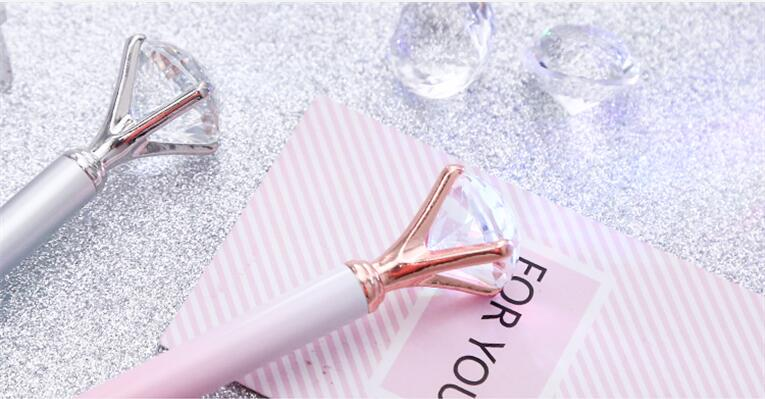 2018 Chinese hot sale diamond crystal ball pen and pink cute ballpoint pen
