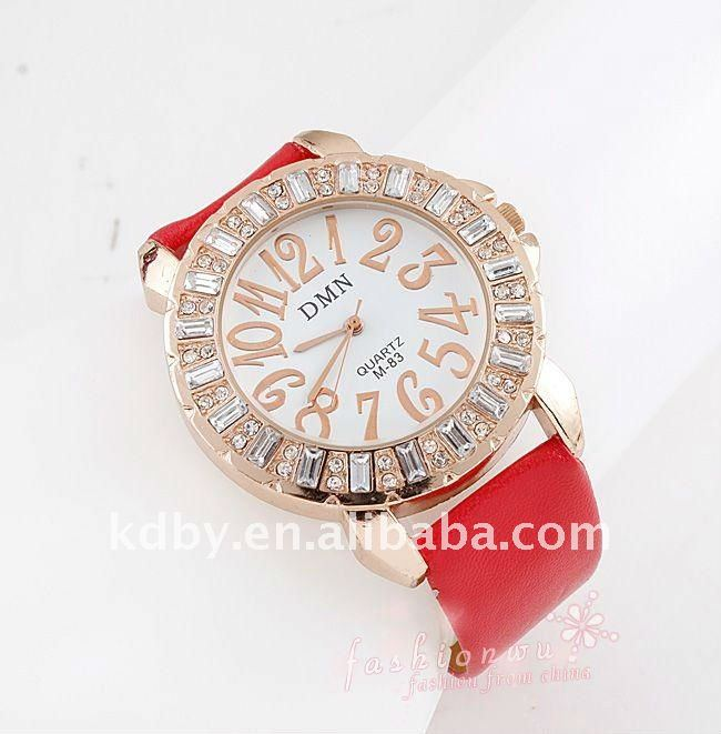 Rose gold crystal ladies mop dial watch omax watch waterproof