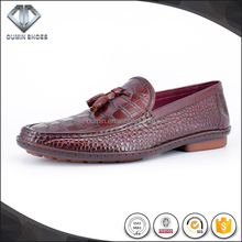 Goodyear driving shoes Injection molding high level genuine leather men shoes The crocodile grain can order one pair