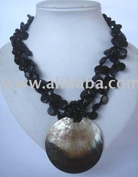 Fashionable Necklaces From Philippines