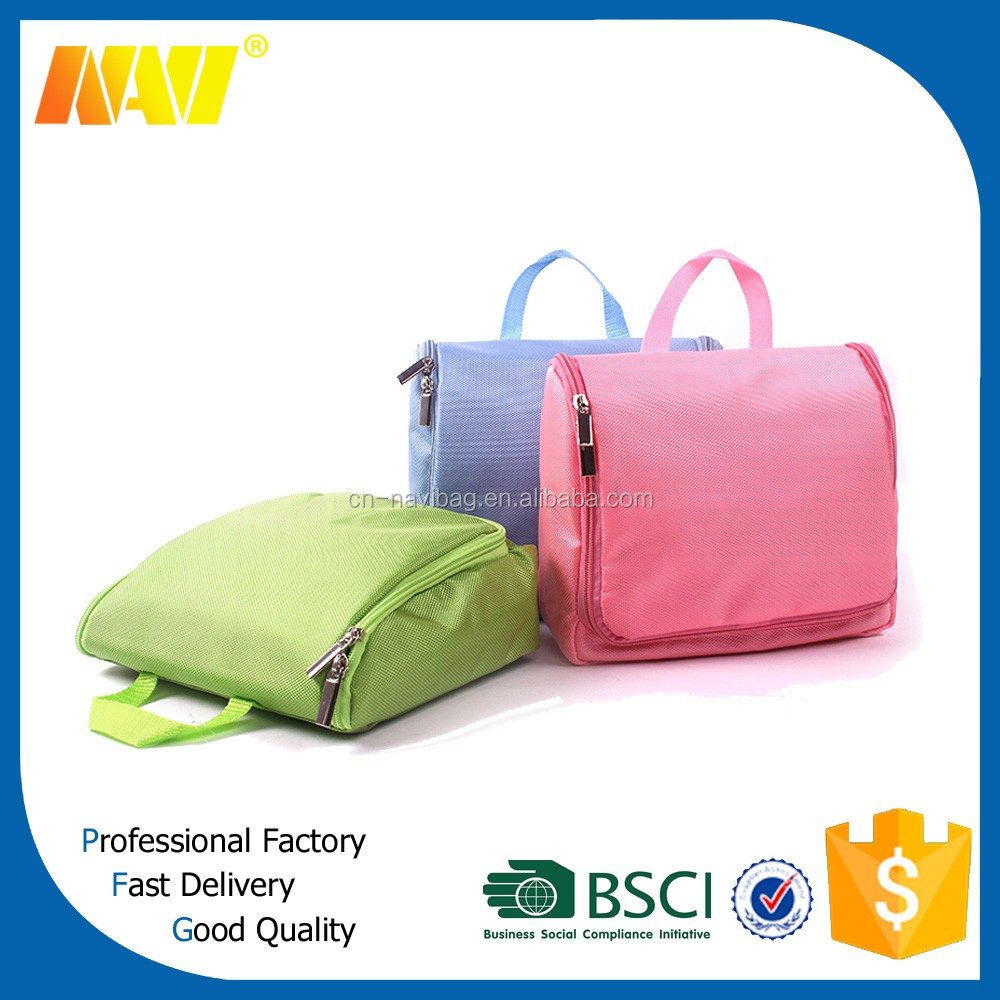 chinese professional factory produce hanging travel toiletry bag