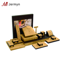 Customized design hot sale luxury wooden jewelry display stand