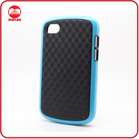 Manufacturer Wholesale Flexible TPU Carbon Fibre Pattern Protective Q10 Case