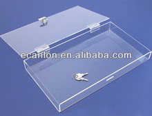 Locking transparent plexiglass box