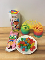 Hitwon rainbow roll candy coated soft candy with toy