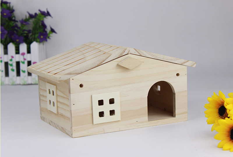 Factory price big large wooden bird house for pets