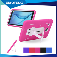 2017 newest shock absorber tpu pc combo tablet back cover case with kickstand for samsung tab e8.0