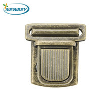 High Quality Free Sample Antique Brass Color Bag Turn Lock Hardware