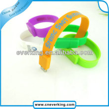 bulk creative promotional gift silicone usb bracelet with custom logo