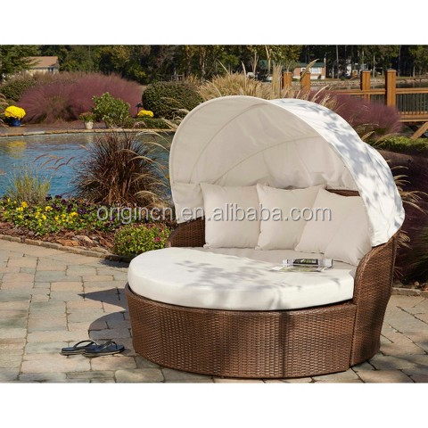 Patio beach wicker round day bed outdoor lounge chair with for Outdoor lounge bed with canopy