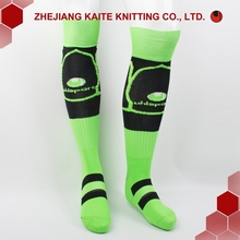 z-f-0005 wholesale man cotton socks custom football cheap men socks factory