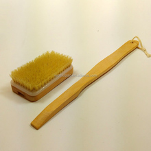 Hot selling classic style natural wooden massage brush long handled brush back brush OEM