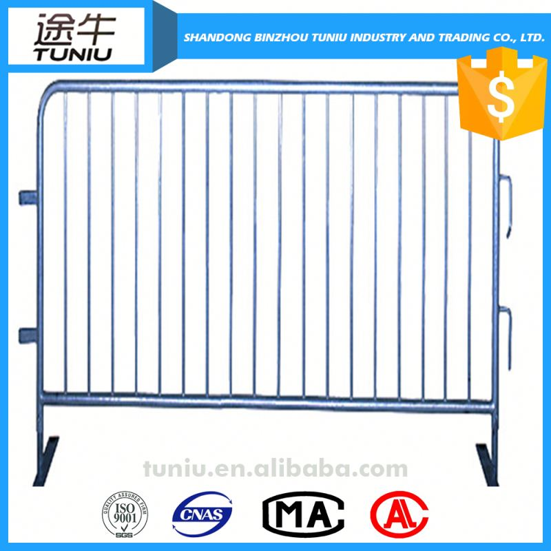 airport crowd control barrier fence manufacturer