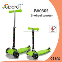 new fashion sport made in china 3 wheel micro maxi foot push standing scooter