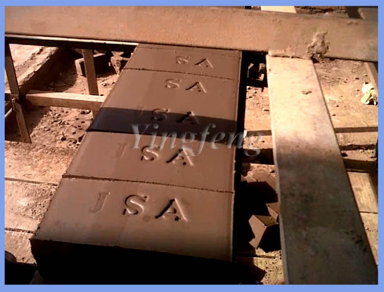 Hot selling in Africa ! DZK28 automatic clay brick making machine price