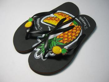 Sell fashion rubber slipper (lady) made in Thailand
