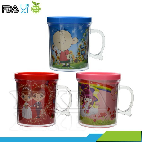 Plastic cup making machine price ! 400 ML plastic cup with handle , lovely design plastic cup , with paper insert travel mug
