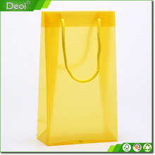 Customized PP/PVC/PETclear plastic gift bag