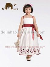 HOT SALE !! Elegant Chinese red satin embroidery girl's prom dress