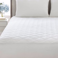 Quilted mattress pads bed cover with fitted skirt luxury collection 100% cotton mattress topper