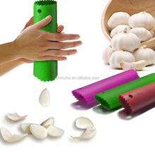 HOT Kitchen Tool Magic Silicone Garlic Peeler Peel Easy Useful Silicone Garlic Press