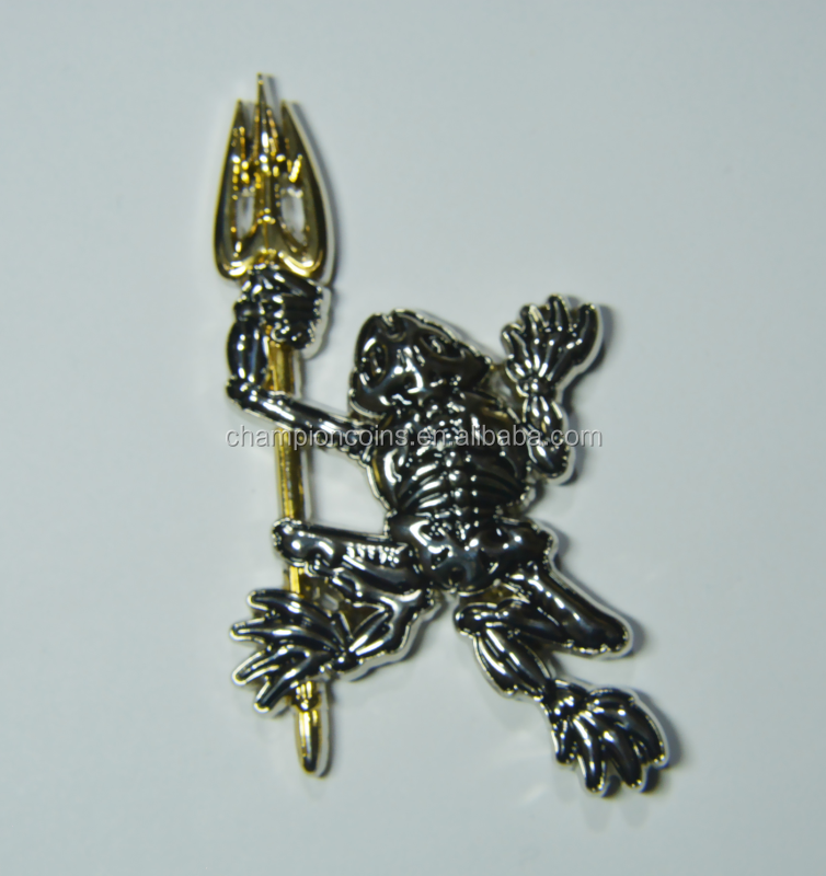 Custom Trident Bone Frog Dual Plated cheap custom Challenge Coins