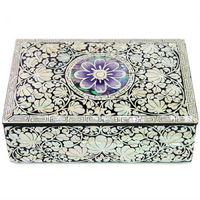 Korean Antique BLACK Lacquer Mother of Pearl Nacre Inlaid Jewelry Box [GOGL#10267]