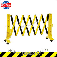 Temporary Plastic / Steel Folding Safety Barriers