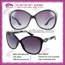 2014 Fashion Sun Glasses Cool With Big Size Frame And Unique Temple