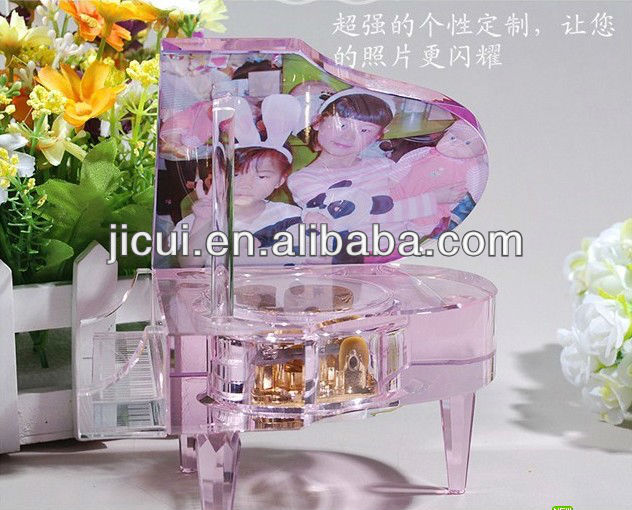 sankyo music boxes made by crystal