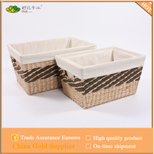 iron frame, liner,rush straw Material and Sundries Use storage baskets with handles