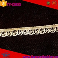 width 1cm nylon offwhite floral scalloped design wholesale narrow lace trim