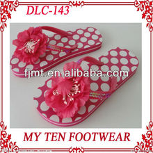 Beautiful Flower Decoration Girls Nude Beach Slippers
