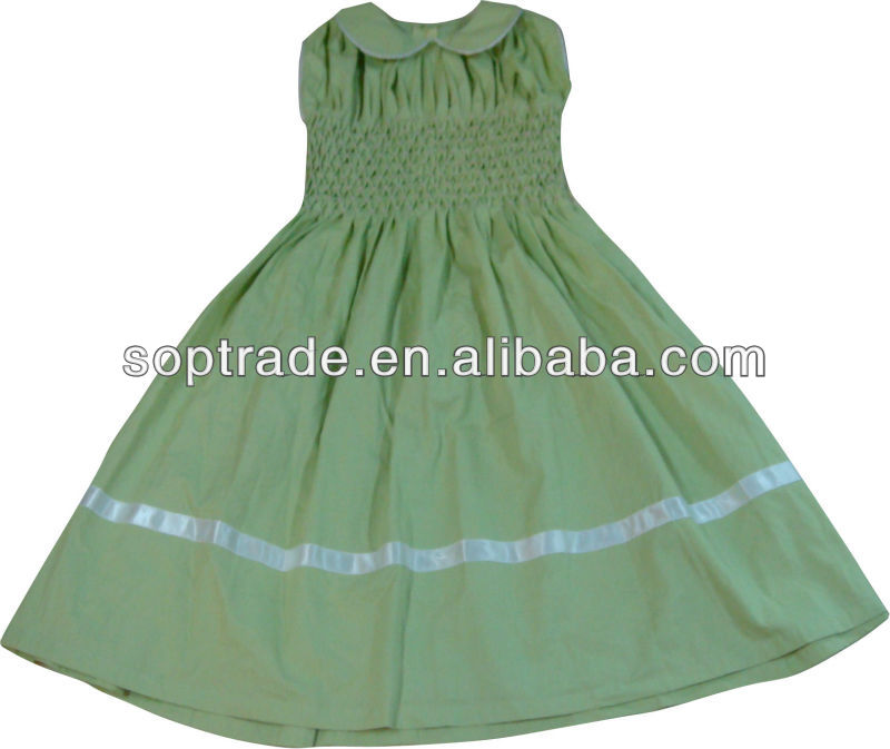100% cotton customized girls hand smocked dress