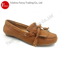 2016 Latest Design Slip-On Ladies Beautiful Lady Casual Shoe