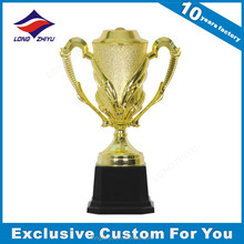Wholesale golden champions league trophy made in China