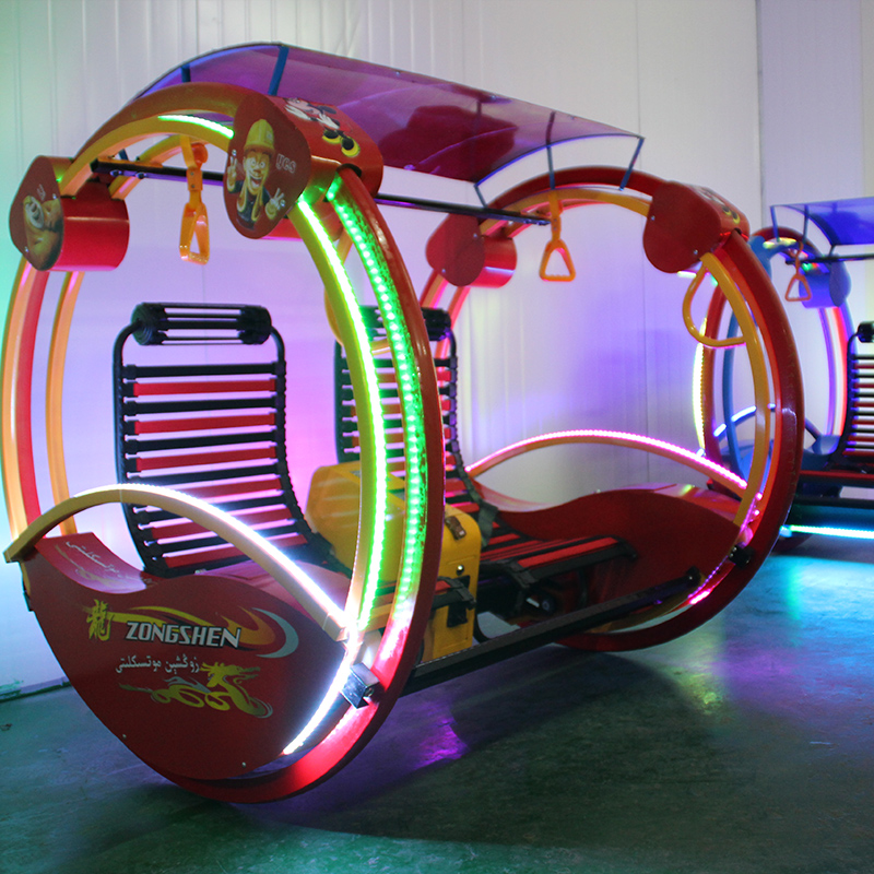 Interesting amusement park equipment happy flying car for kids and adult love playground amusement park