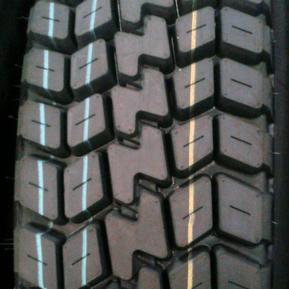 11.00R20 12R22.5 315/80R22.5 D280 All-steel High quality GM ROVER Tire