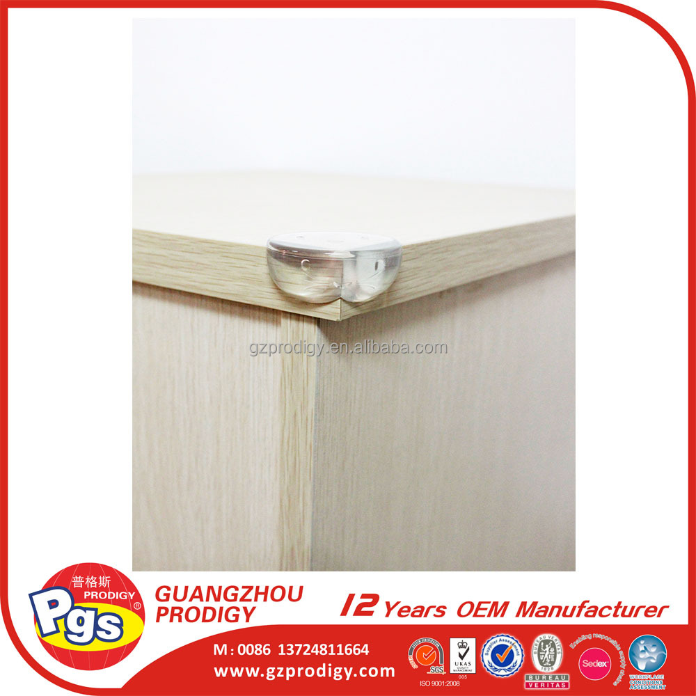 Transparent round size baby proofing corner guards