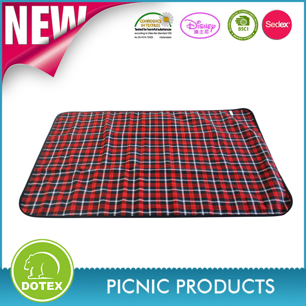 BSCI SEDEX DISNEY Factory Portable Outdoor Waterproof Disposable Picnic Blanket