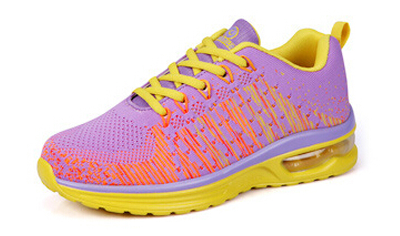 China production of quanzhou fly knitted mesh sports shoes, ladies sports shoes