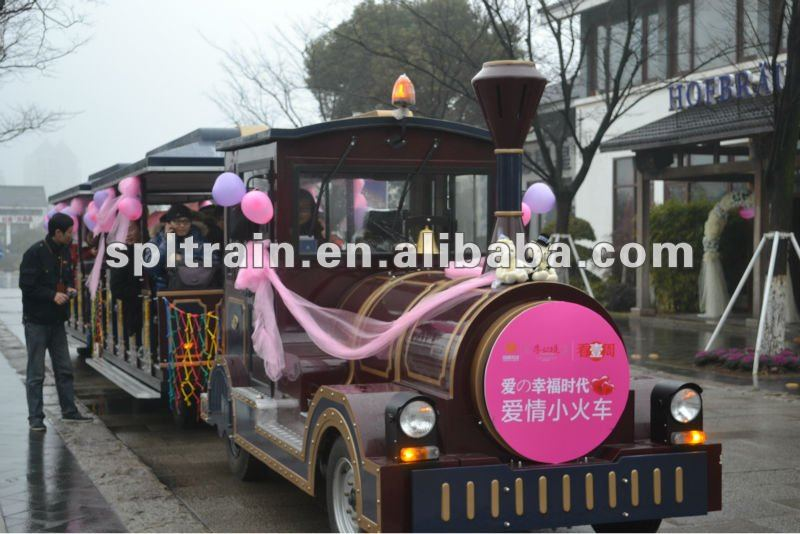 92KW Diesel Power Outdoor Amusement Park Train for Carnival and Celebration