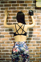 young lady hot sex womens sexy xxxx women sport bra Lady High Quality Black X Back Fitness Sport Running Boxing Yoga Bra Top